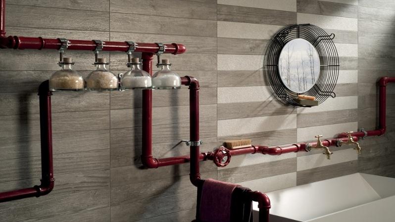 L arredo per un bagno piccolo e moderno